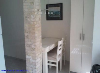 apartment in bat ym